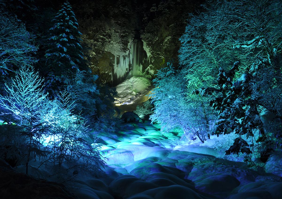 平湯瀑布結冰祭