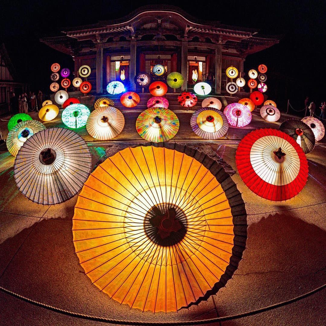 大献灯・大山和傘
