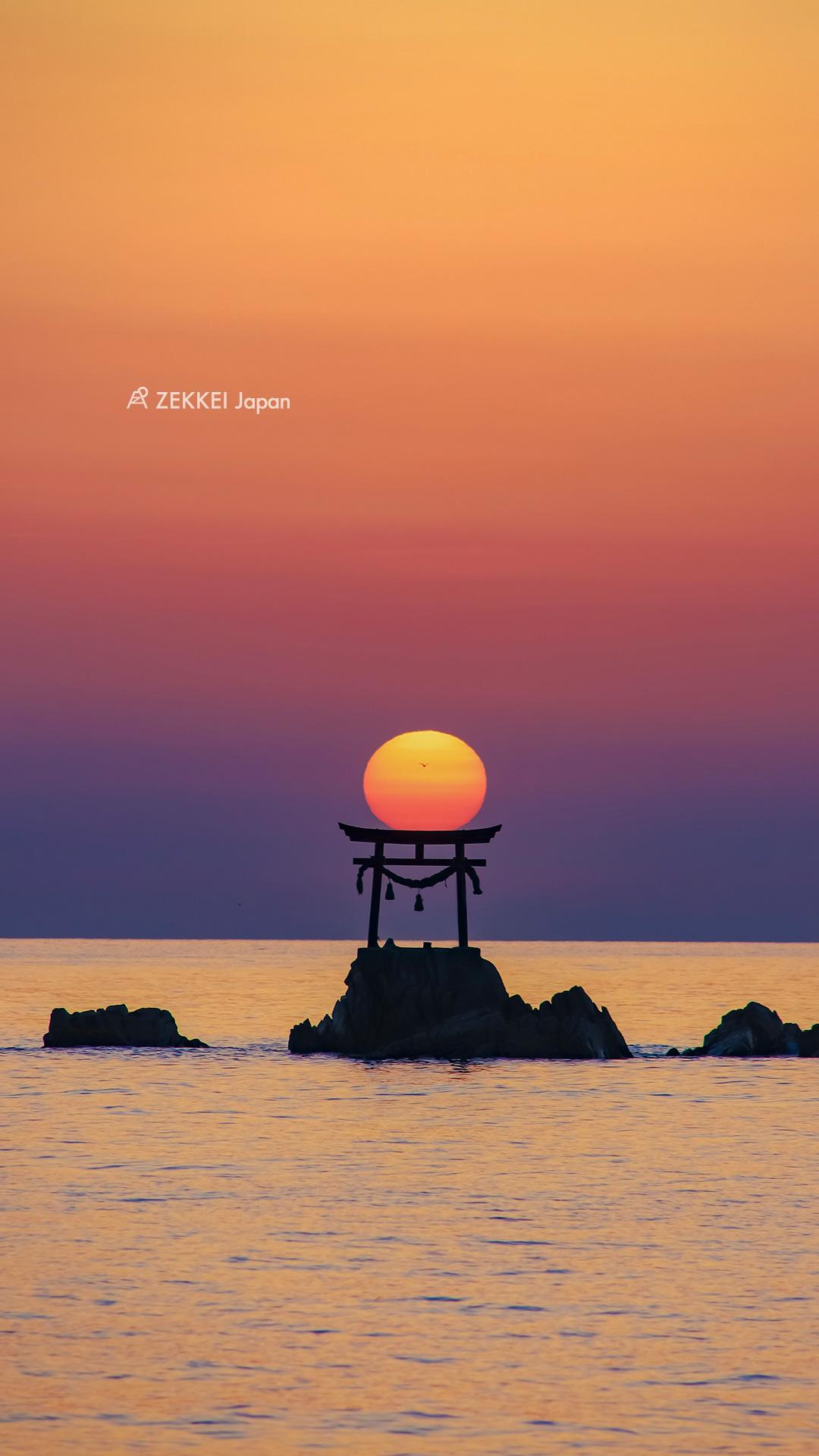 絶景壁紙 潮の満ち引きで表情を変える 海にたたずむ鳥居 の壁紙 Zekkei Japan