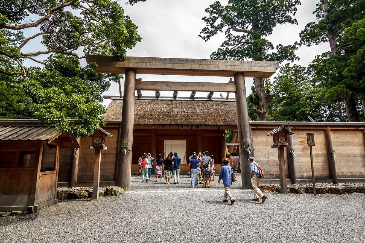 ベトナムのカオラウは日本の「伊勢うどん」がルーツ