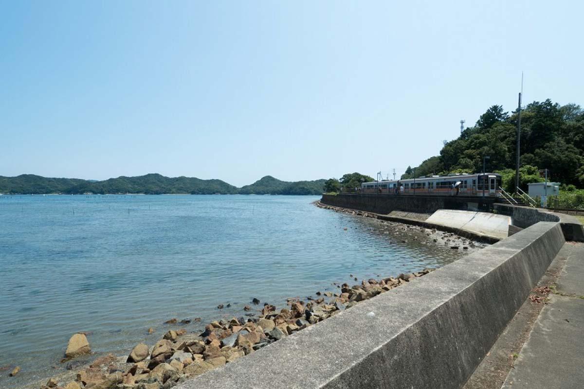 池之浦海邊車站