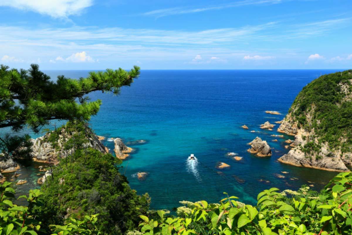 浦富海岸島嶼巡禮遊覧船鳥取