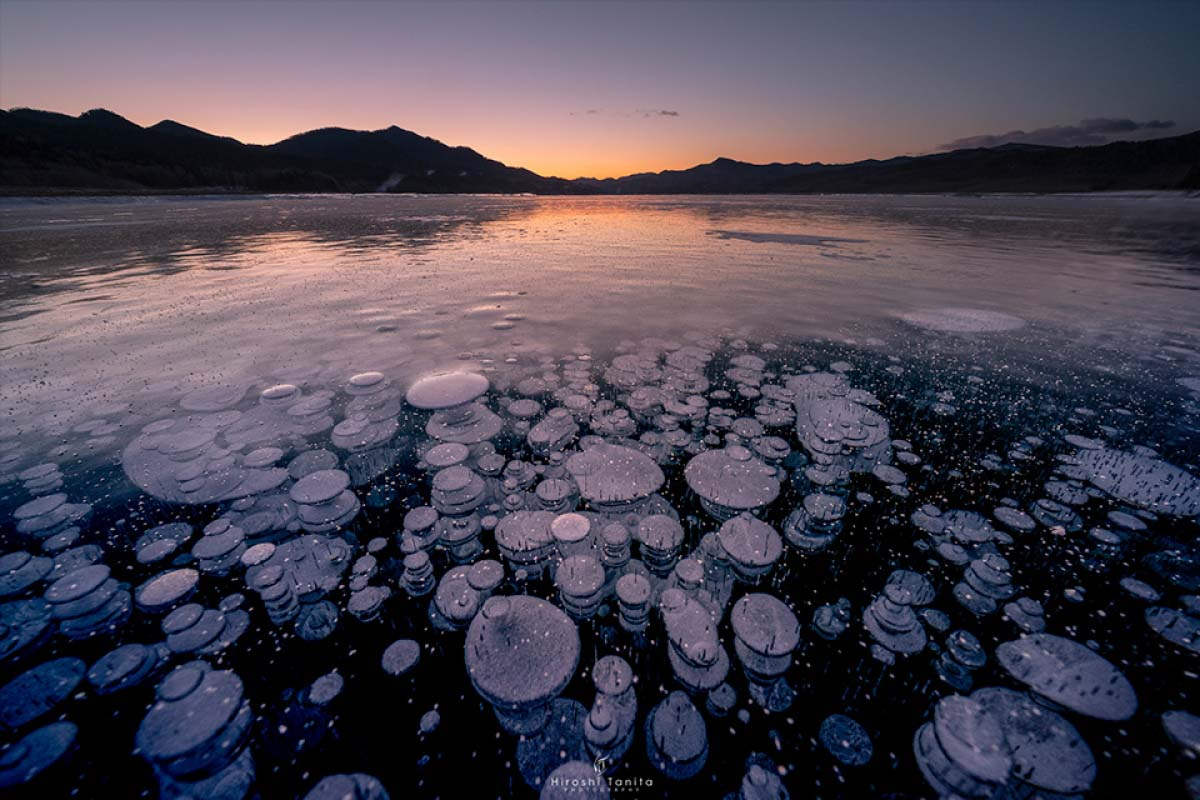 Ice bubbles that can be seen in Hokkaido in midwinter are now popular topic!