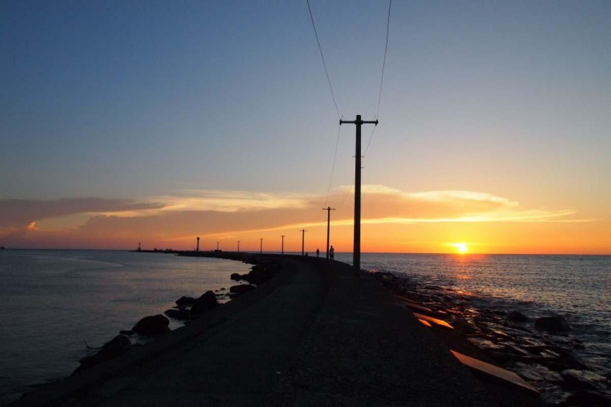 三國夕陽海灘