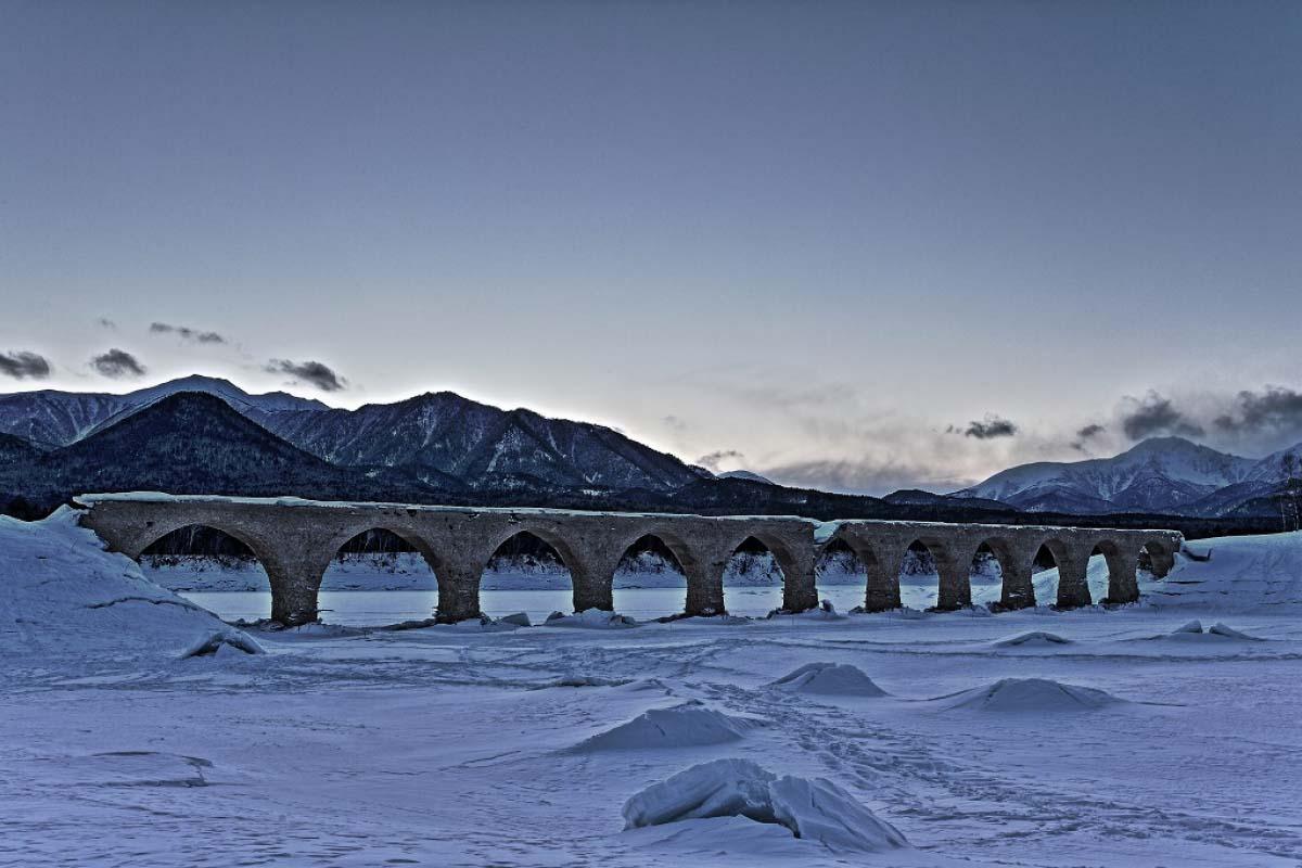 樺木林川之橋