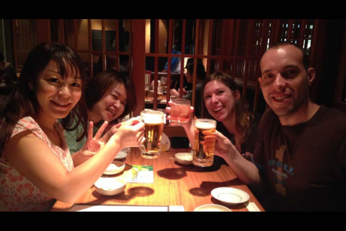 和日本人一起去居酒屋