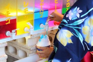藍色夏威夷刨冰是什麼味道? 日本人的夏日祭典回憶8大小插曲
