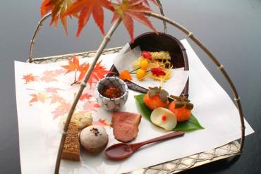 以日本「精緻懷石料理」聞名的旅館十選