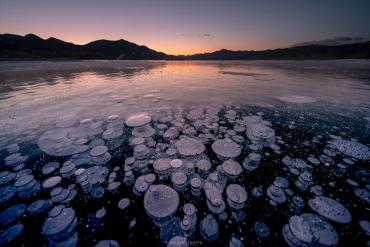 寒冬限定! 在日本引起熱門話題的北海道「冰泡」夢幻絕景
