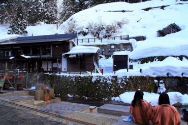 日本大正浪漫氣氛! 冬季銀山溫泉推薦4大享受方式