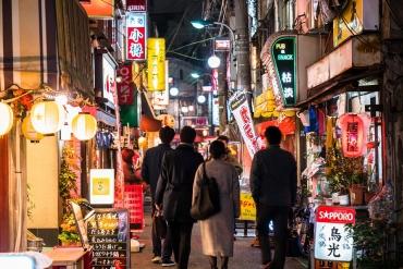 日本人超奇怪的習慣! 喝完酒之後,竟然要去吃◯◯!?