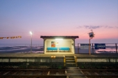 You can view the seas in zero minute by walk from the railway station: 5 Japan's beautiful railway stations