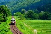 日本初夏賞新綠! 嚴選5條東北地方鐵道,來一趟溫暖愜意火車之旅