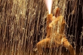 Stunning showers of fire sparkles! Traditional hand-held fireworks of Toyohashi city