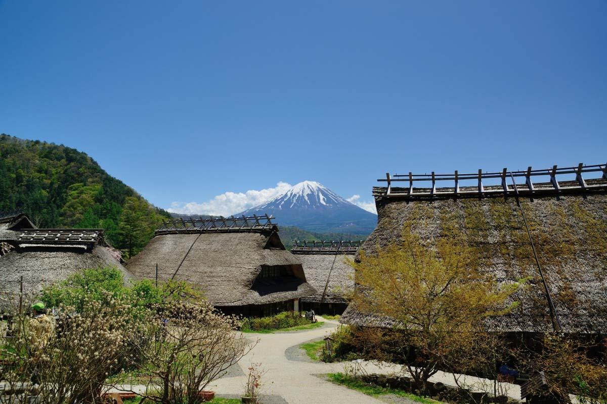 Iyashi no Sato Nenba at Lake Saiko