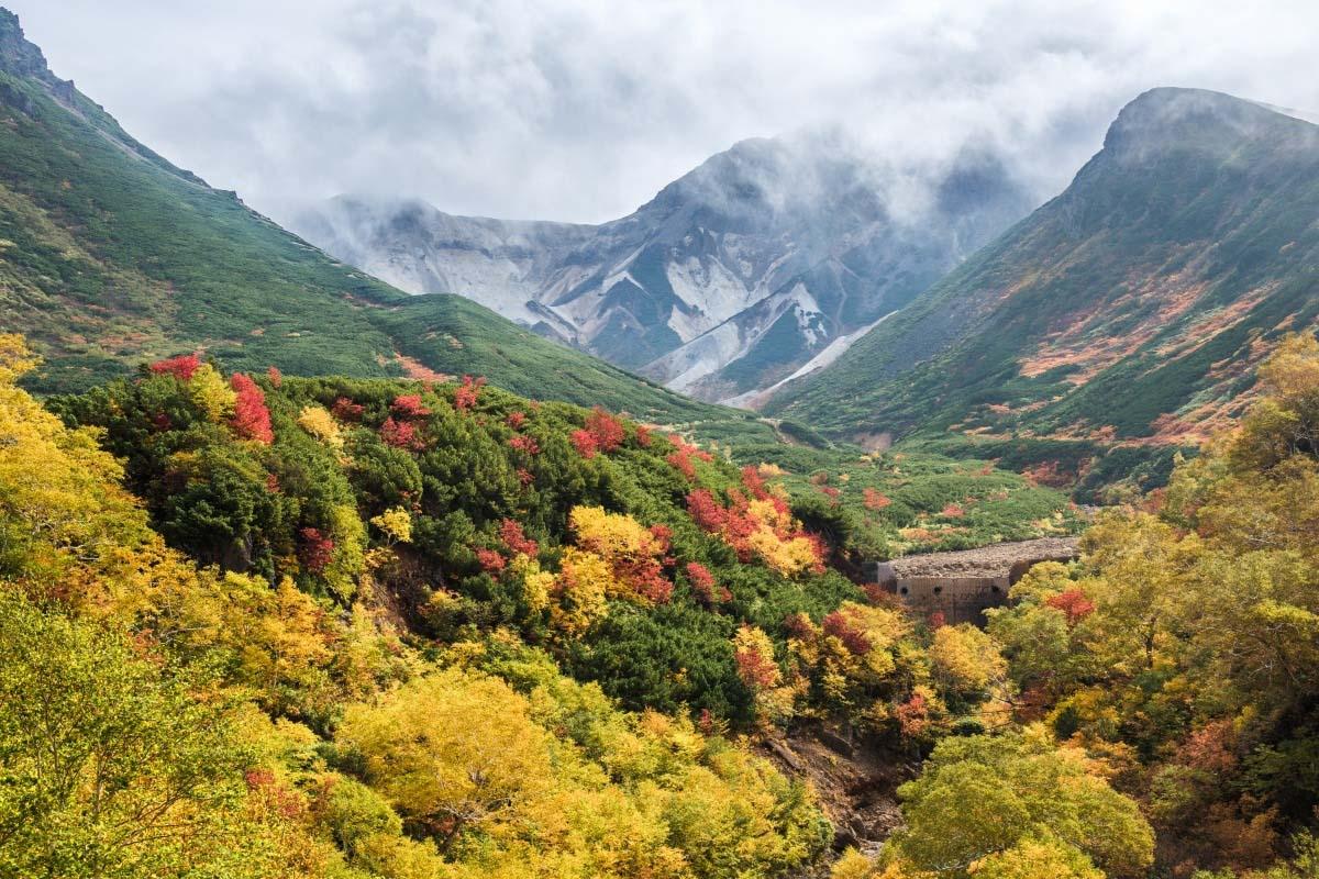 Tokachi mountain range