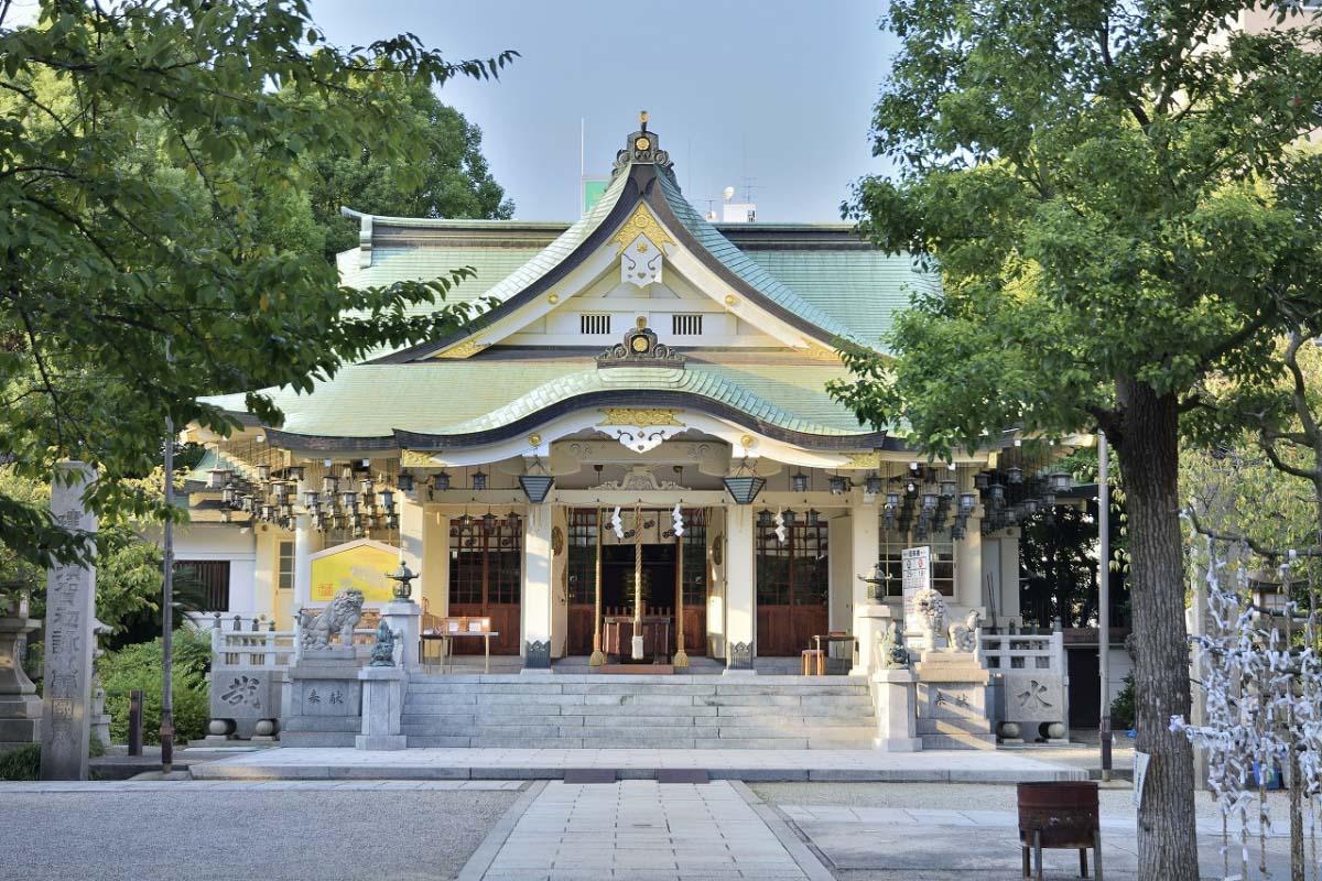 Ngôi đền Namba Yasaka