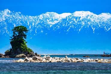 雨晴海岸(富山)