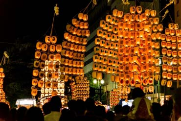 秋田竿灯节(秋田)
