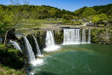 原尻の滝(大分・別府)