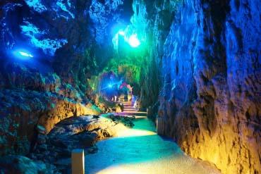 龙泉洞(岩手)