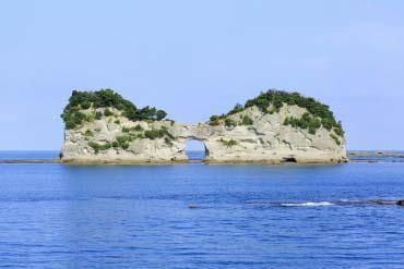 Pulau Engetsu