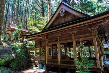 Kamishikimi Kumanoimasu Shrine(Kumamoto)