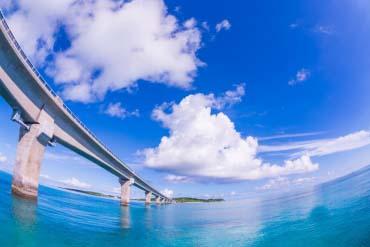 池間大橋(沖縄)