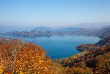 十和田湖(青森)