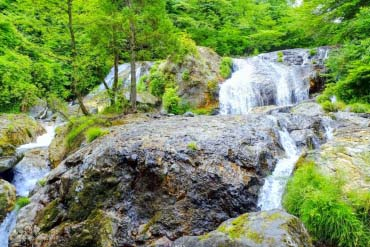 Tamasudare Waterfall(Yamagata)