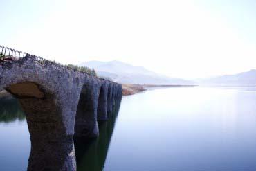 Cây cầu Taushubetsu
