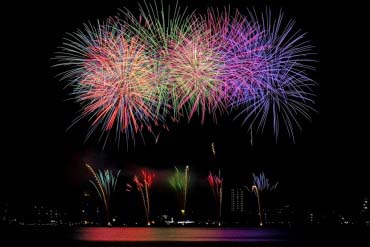 Suwa Lake Fireworks Festival(Nagano)