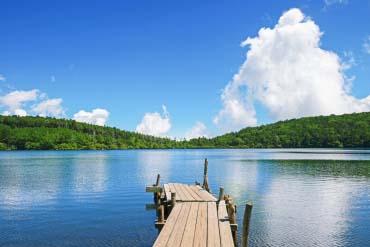 Shirakoma Pond (Nagano)