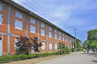 富冈制丝厂
