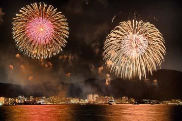 琵琶湖大烟火大会(滋贺、琵琶湖)