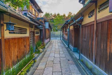 Ishibe Alley(Kyoto)