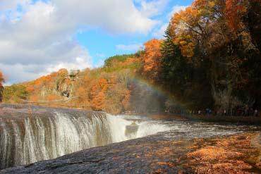 Fukiware-no-taki Falls