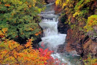 Homei Shijuhachi-taki Falls