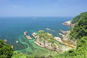 အုရာဒိုမဲပင္လယ္ကမ္းနား