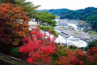 Sogi-no-taki Park (Sogi Falls Park)