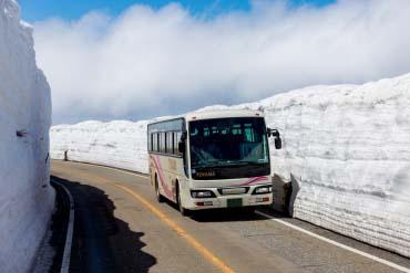 Tateyama Kurobe Alpine Route(Toyama)