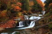 Oshidori Kakushi Falls